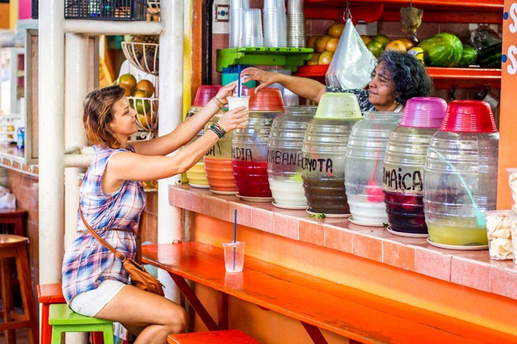 puerto-encondido-market-neighbourhood-food-tours-1