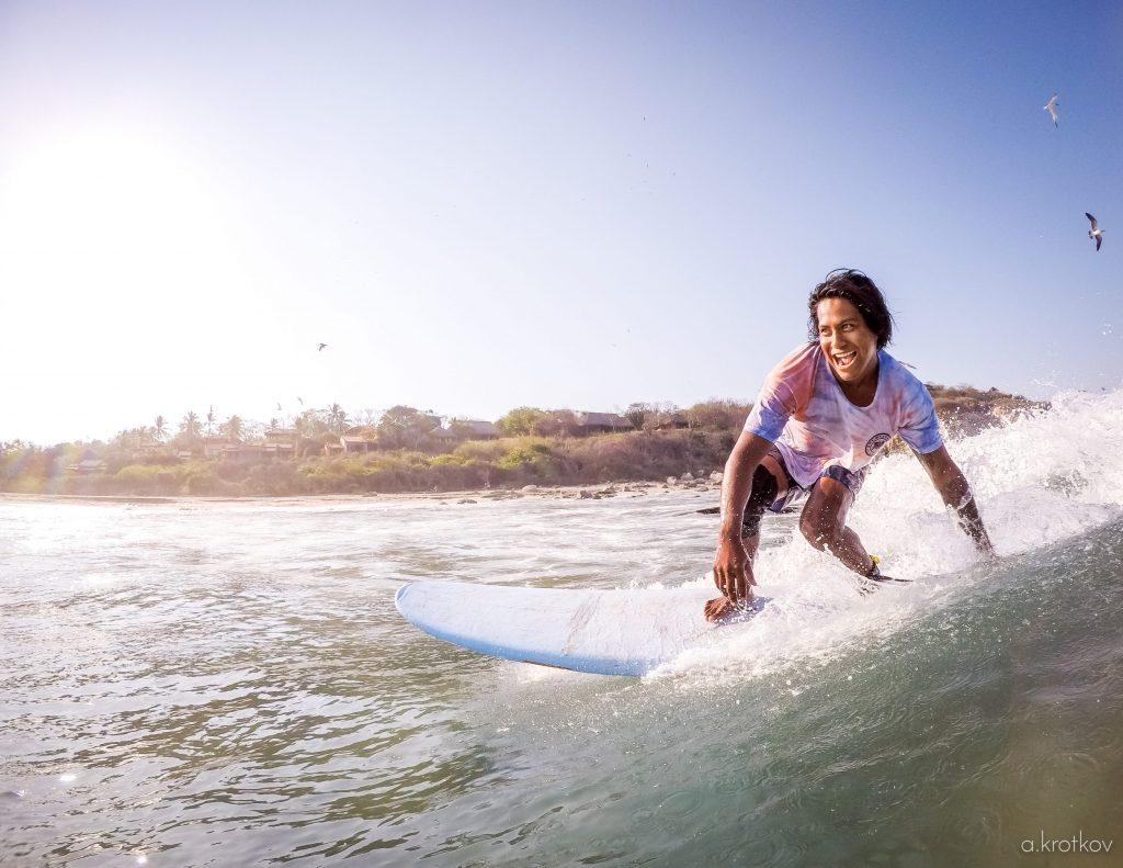 puerto-escondido-surfing-lessons-1