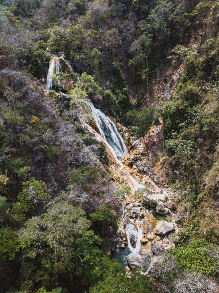 puerto-escondido-waterfalls-2